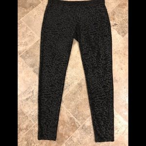 Textured Leggings Lg. Black & charcoal textured.
